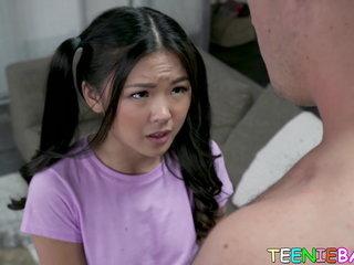 Asian 18yo Lulu Chu gives head before plumbing hard