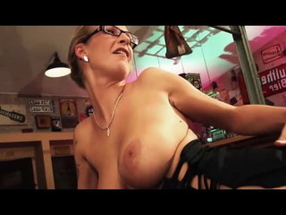 Boinking a naughty German bar Cougar