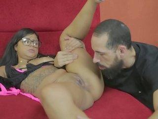 Adoro se chupada com uma língua bem quente - Amanda Souza - Billy Gun Pornographic star