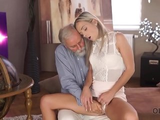OLD4K. Lovely lassie Shanie Ryan sleeps with instructor after graduating school