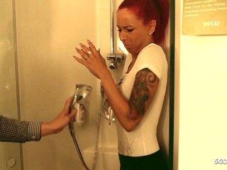 Craftsman sweet-talk Cute Redhead German Teen close by Underhandedness respecting Lady-love