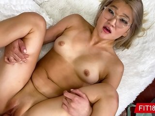 Latina Butch Makes a Milf Blonde Get Explosive Squirting Orgasm